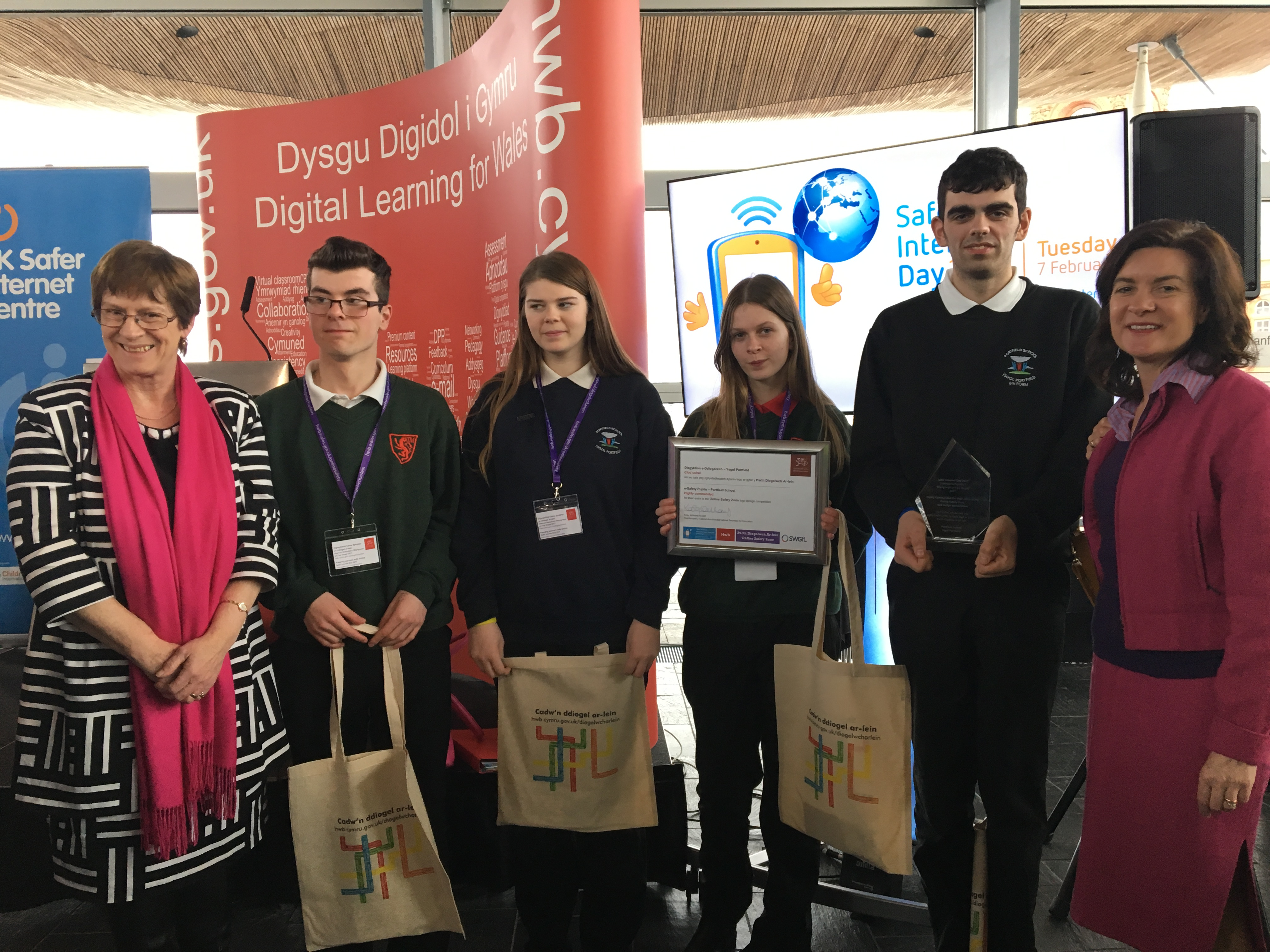 Eluned and Joyce have congratulated local schools on their support for Safer Internet Day.